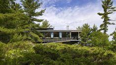 Cottage at Go Home Bay by Ian MacDonald Architect. Credit: Tom Arban (Tom Arban/Tom Arban)