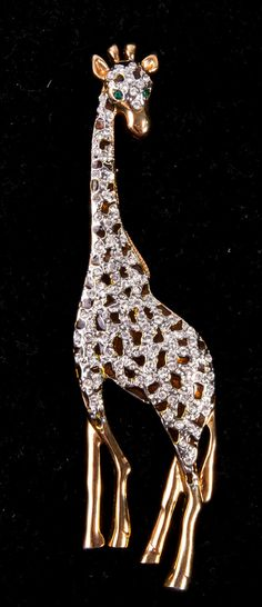 Vinage Rhinestone Enameled Giraffe Pin