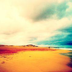 E que tal passeios a dois pelo areal das praias de Cabo Verde? / How about walks in Cape Verde's beaches?