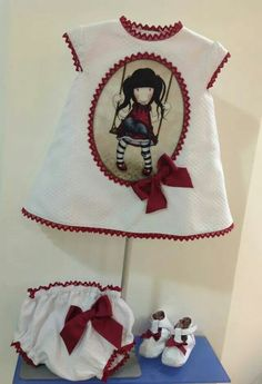 PRECIOSO VESTIDO GORJUSS Sewing Clothes, Doll Clothes, Baby Girl Dresses, Girl Outfits, Painted Clothes, Sewing For Kids, Shirts For Girls, Cute Kids, Onesies