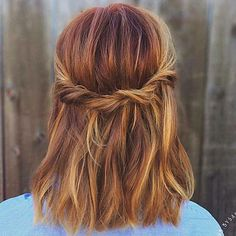 Marvelous Amazing dimensional pumpkin spice hair color and simple style for fall! The post Amazing dimensional pumpkin spice hair color and simple style for fall!… appeared first on Amazing H . New Hair, Your Hair, Braids For Short Hair, Hairstyle Short Hair, Braid Hair, 2017 Hairstyle, Medium Hair Braids, Hair Bangs, Wavy Hair