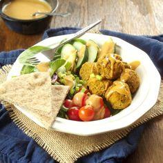 12 crave-worthy falafel recipes | ohmyveggies.com | Baked Pumpkin Falafel Bowls
