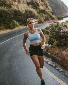 Famme - Women's Sportswear for the Gym, Yoga and Running Fitness Motivation, Fit Girl Motivation, Running Motivation, Fitness Goals, Workout Motivation Pictures, Fitness Life, Body Inspiration, Fitness Inspiration, Physical Fitness Program