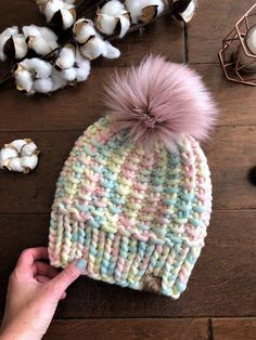 Here's the finished I made using wool in the luscious color Marshmallow💕✨ And of course I topped it off with a fluffy blush Pom because duh?☺️💕 I think I could stare at this hat all day! Faux Fur Pom Pom, Pom Pom Hat, Knitting Projects, Knitting Patterns, Crochet Waffle Stitch, Knitted Hats, Crochet Hats, Beanie Pattern, Knit Picks