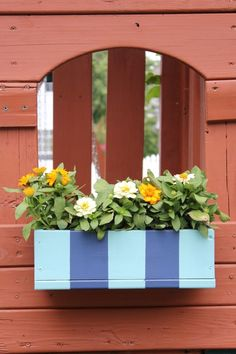 DIY scrap wood planter box. Outdoor decorations. Flower box ideas. Coastal design. Coastal colors. Plant box ideas. DIY plant box. DIY outdoor decor. Blue outdoor decor. www.simplestyling...