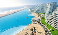 Largest swimming pool in the world: San Alfonso del Mar, Chile