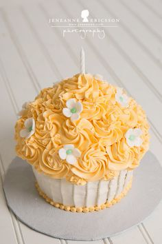 Jeneanne Ericsson Photography » orange and cream with flowers Giant Cupcake