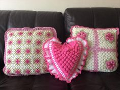 20 Fabulous Handmade Crochet Pillow Design | DIY to Make