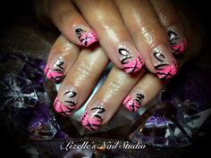 I love this design. Hand-painted nail art. Sculpted gel nails  www.facebook.com/LizellesGelNails