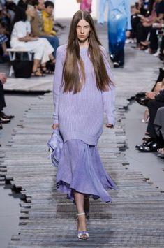 Удлиненный свитер Michael Kors Collection Spring 2018