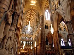 Westminister Abbey - London - Click image to find more Travel Pinterest pins