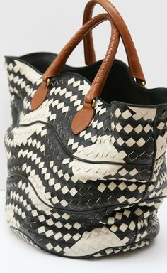 Black and white graphic woven bag