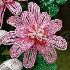 french beaded flower patterns | Pennsylvania Wreath