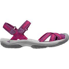Polyvalente, résistante, confortable et mignonne, la sandale Bali Strap est idéale pour les beaux jours. Les 2 lanières ajustables vous laissent choisir le meilleur maintien et elle a aussi la protection aux orteils... Bali, Sport, Fashion, Comfortable Shoes, Horse Harness, Cute, Sandals, Moda, Deporte