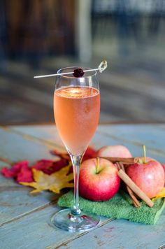Ingredients:-6 oz Ruffino Prosecco-.5 oz Apple Brandy-Small scoop Cranberry Puree Directions: Stir the apple brandy and cranberry puree over ice. Strain into serving glass. Top with 6 oz Ruffino Prosecco. Serve in a coupe or champagne flute and garnish with a cranberry skewer. Recipe courtesy of Ruffino