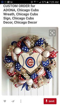 Baseball Wreaths, Sports Wreaths, Crafts To Sell, Diy And Crafts, Burlap Bows, Burlap Wreaths, Wooden Wreaths, Diy Wreath, Wreath Ideas