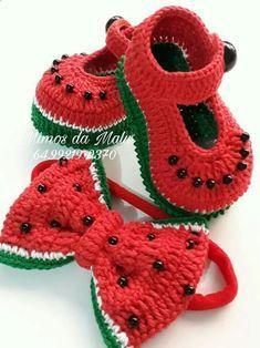 Crochet Baby Sandals, Booties Crochet, Crochet Shoes, Baby Booties, Crochet Leaf Patterns, Crochet Motif, Knit Crochet, Crochet Baby Costumes, Crochet Baby Clothes