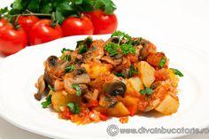 TOCANITA DE CARTOFI CU CIUPERCI - DE POST   Diva in bucatarie Romanian Food, Vegetable Recipes, Pesto, Broccoli, Meal Prep, Potatoes, Meals, Vegetables, Ethnic Recipes