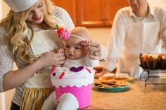 A cupcake of a Halloween | Baby Cupcake | Family Baker costumes | family costume