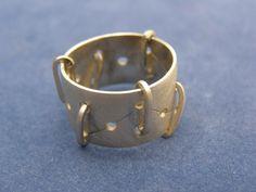 Anillos   Plata&Fuego - Joyeria Contemporanea - Flavia Alvarez Gold Rings, Rose Gold, Bracelets, Leather, Jewelry, Cursive Letters, Rings, Jewels, Fire