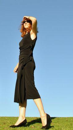 Vogue 2556 - Handmade by Carolyn: Black dress