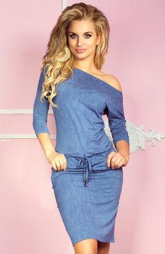 SAF 13-20 sukienka jeans jasny Świetna sukienka, wykonana z miękkiej dzianiny, dekolt luźno opada na ramiona