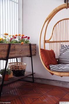 parolan rottinki,kekkilä,viljelylaatikko,parveke,piha Balcony Garden, Terrace, Konmari, Hygge, Hanging Chair, Interior Decorating, Sweet Home, New Homes, House Design