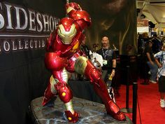 Iron Man statue at Sideshow Collectibles