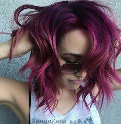 New shot (genius shot!) by #BTCONESHOT2016 Hair Awards Finalist @vanessastylesyou! Using @joicointensity #joicoconfetti #BEHINDTHECHAIR