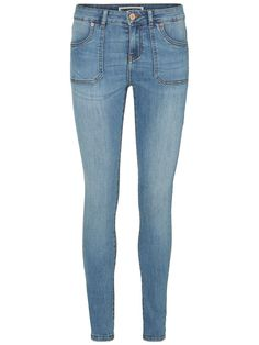 Skinny fit jeans from VERO MODA. Style with an oversized sweater to get cosy.