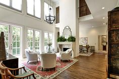 Living room, tall ceiling