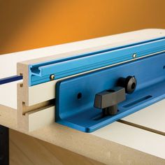 Rockler Retrofit Faces for Router Table Fence - Rockler.com