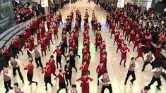 Crewiser.com: Cathay Pacific Flashmob @ HKIA 2013
