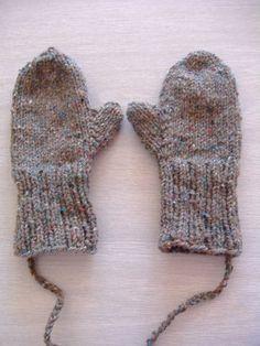 mittens (free pattern). by Banphrionsa