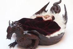 Sleep in dragon's womb Gothic Furniture, Funky Furniture, Unique Furniture, House Furniture, Dragons, Gothic Home Decor, Gothic House, Dragon Art, Dragon Garden