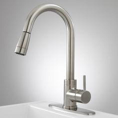 Robinet Pull-Down Kitchen Faucet with Deck Plate  - Single-Hole Faucets - Kitchen Faucets - Kitchen