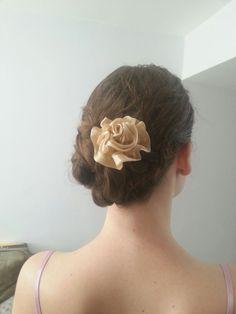 Flower side bun