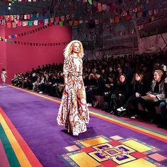 #MFW #Etro's ethnic journey continues showing their usual arrays of flowy dresses and comfortable eastern inspired suits paired up with modern outerwear in the shape of oversized bombers and short coats. #米兰时装周 Etro的民族风旅程继续品牌代表性的飘逸印花长裙与具有东方色彩的舒适套装被大廓形飞行员夹克与短大衣等的混搭加入演绎得更加摩登  via VOGUE CHINA MAGAZINE OFFICIAL INSTAGRAM - Fashion Campaigns  Haute Couture  Advertising  Editorial Photography  Magazine Cover Designs  Supermodels  Runway Models