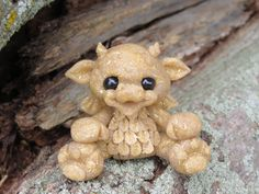Goldie the Dragon by jc2177 on Etsy