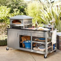 Kalamazoo Artisan Fire Outdoor Pizza Oven & Pizza Station at Williams-Sonoma Pizza Oven Outdoor, Outdoor Cooking, Home Pizza Oven, Pizza Station, Pizza Kitchen, Bbq Accessories, Fire Pizza, Outdoor Kitchen Design, Small Outdoor Kitchens