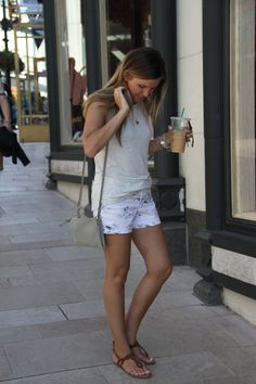 Rodeo Drive, summer style - tropical print preppy shorts, high neck knit tank, strappy sandals, crossbody bag / old navy