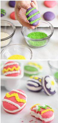 DIY Easter egg-shaped whoopie pies (Sprinkle Bakes).