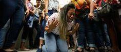 A família de um jovem que teve a morte encefálica declarada pelos médicos fez uma corrente de oração...