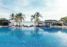 Passez des vacances inoubliables et luxueux en Thailande !  Avec cet offre de vacances vous passez à deux une semaine à l'hôtel 5 étoiles Marriott Resort & Spa Nai Yang à Phuket. Le prix de 2'799.- comprend le petit-déjeuner, le vol et le transfer.  Vois et réserve ici tes vacances: http://www.besoin-de-vacances.ch/1-semaine-de-vacances-a-phuket-2-2799/