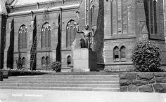 Finland, Notre Dame, Building, Travel, Historia, Viajes, Buildings, Trips, Construction