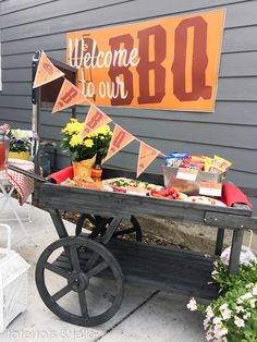 FREE BBQ Party Printables! Everything you need to dress up your BBQ this summer! -- Tatertots and Jello