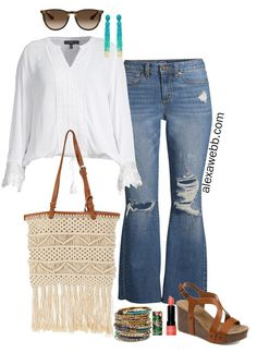 Plus Size Spring Boho Outfit with Walmart - Plus Size Flared Jeans and Wedge Sandals - Alexa Webb Source by alexandrawebb chic outfits plus size Boho Outfits, Spring Outfits, Stylish Outfits, Girl Outfits, Walmart Outfits, Plus Size Fashion For Women Summer, Wedges Outfit, Jeans And Wedges, Looks Plus Size