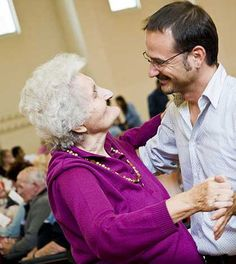 14 Ways to Take Care of Elderly People
