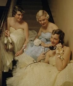 Prom Night 1950s. . . OK, I wasn't old enough for a prom night  in the 50s but I love this photo!