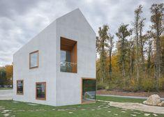 forme simple + ouvertures = maison